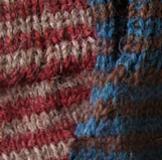 Striped Alpaca Gauntlet